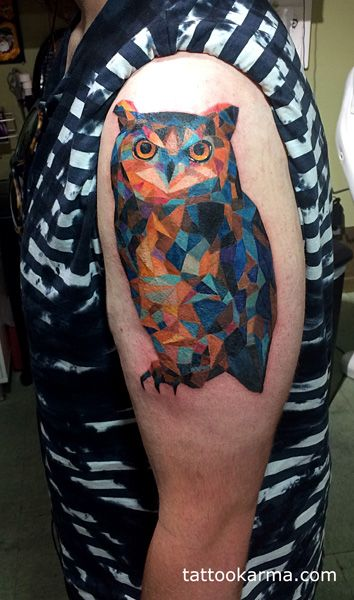 Pin by Lauren Bies on Tattoos | Geometric owl tattoo ...