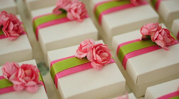 Hey, I found this really awesome Etsy listing at https://www.etsy.com/listing/184016309/wedding-favor-box-baby-shower-box-candy