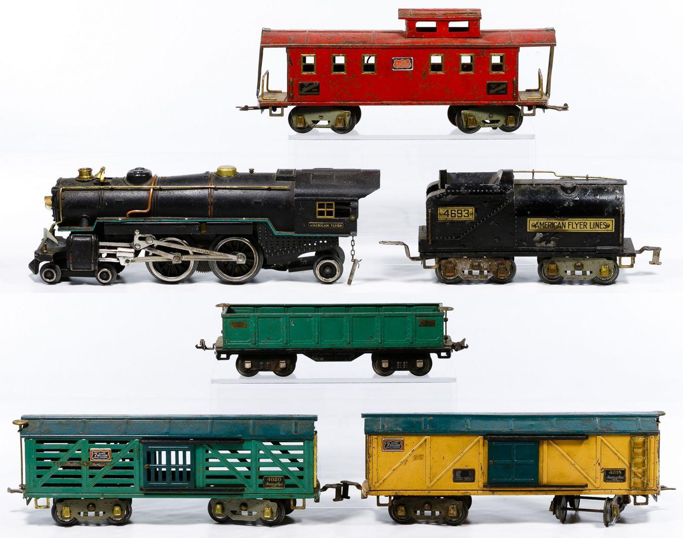 Lot 467: American Flyer Standard Gauge Model Train Set