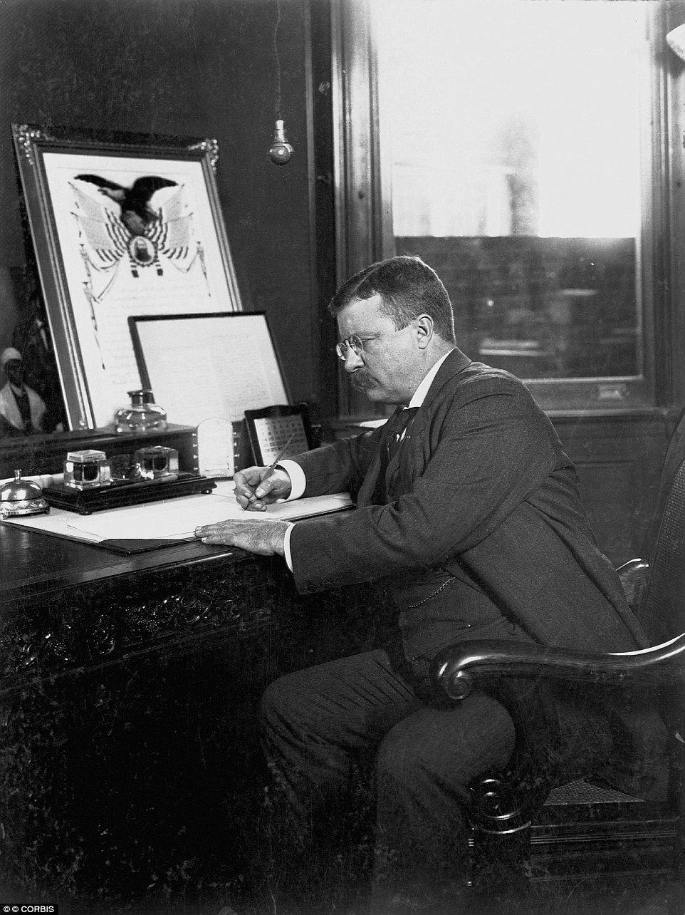 johnson roosevelt and hoover essay President franklin d roosevelt a liberal and com/essay/president-franklin-d-roosevelt-liberal roosevelt a liberal and president herbert c.