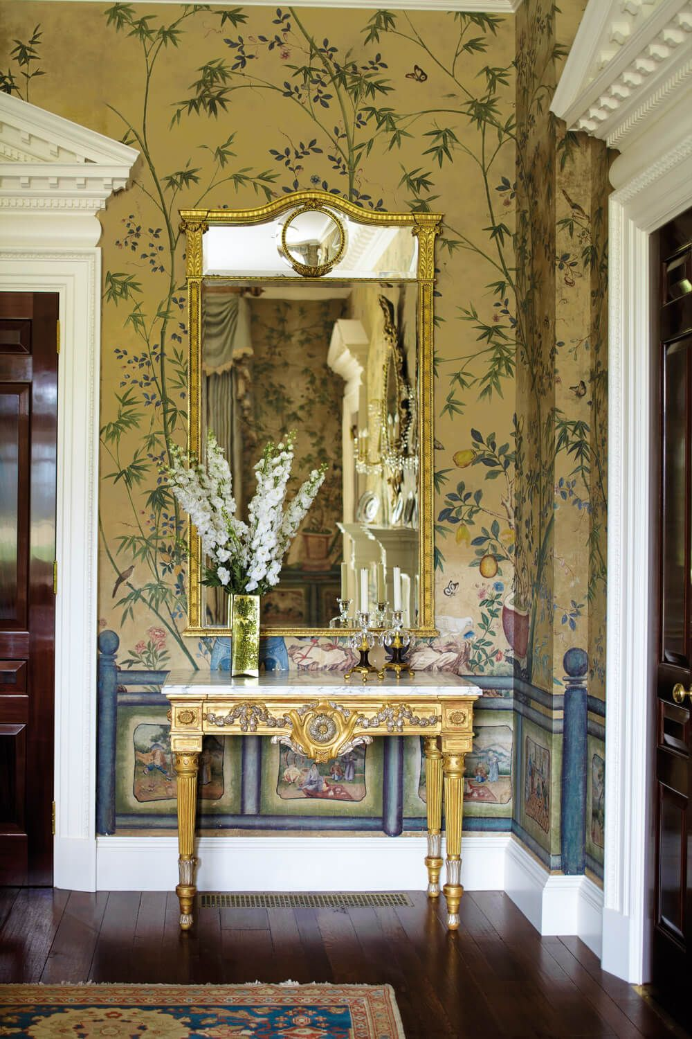 Traditional Dining Room Vignette With Gold Mirror And Chinoiserie Wallpaper Designed By Cullman Kravis