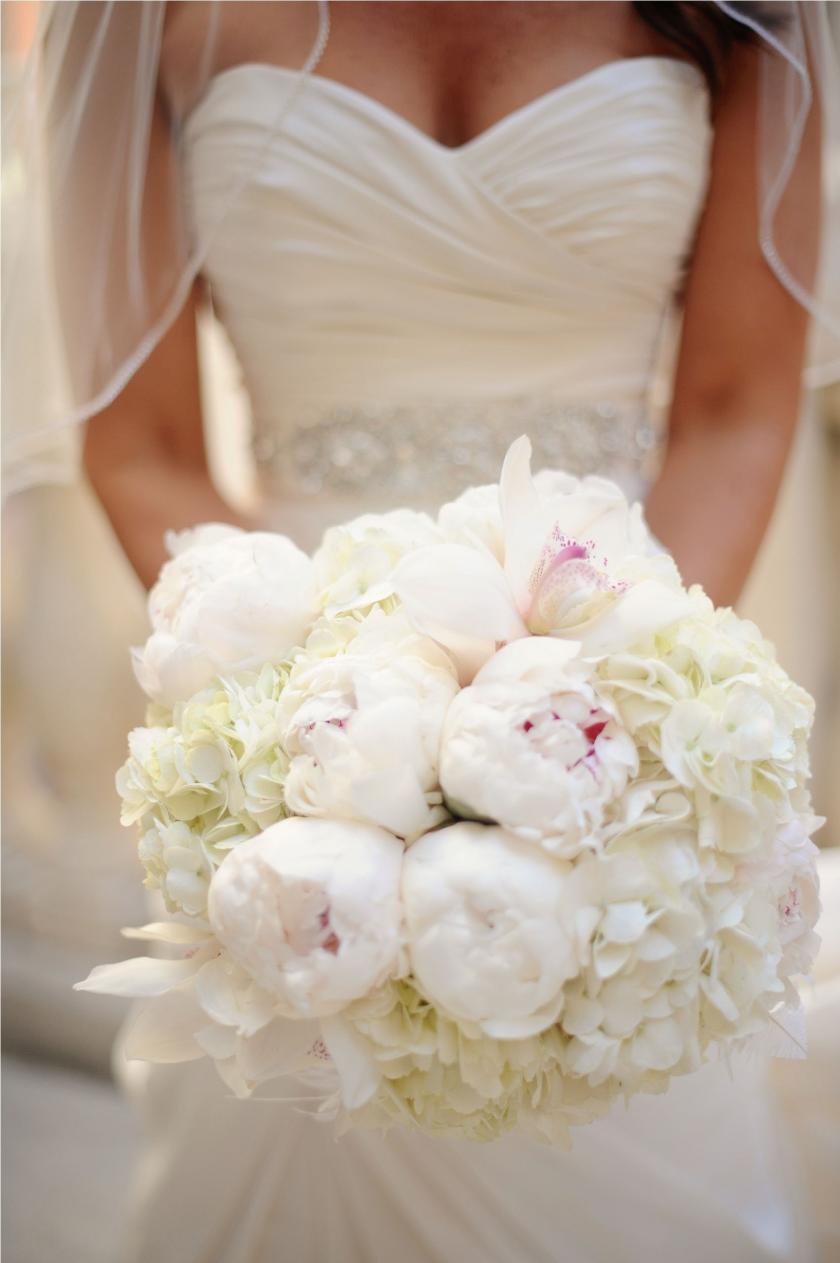 Our brides gorgeous bouquet with crystal stem & feathers hydrangea ...