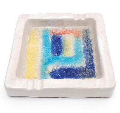 Small earthenware ashtray with abstract glazed decoration design Guido Gambone ca.1950 for the Bijenkorf Amsterdam / the Netherlands