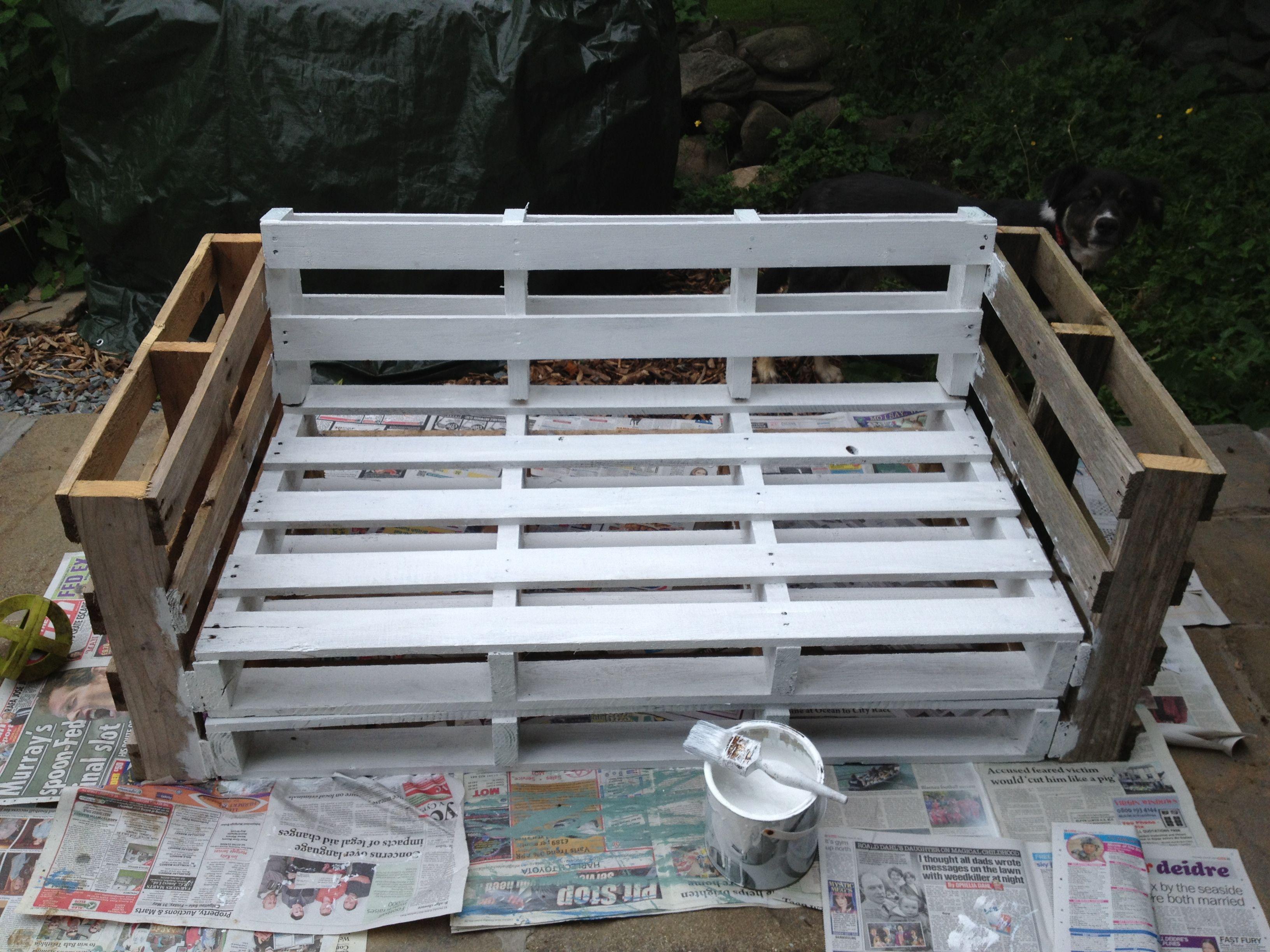 Pallet Sofa. Secure Of Pieces Paint