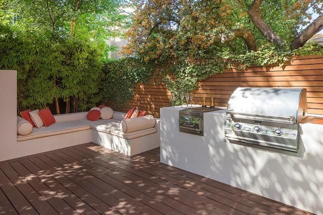 Built In Bbq With Stucco Finish Definitely An Option Built In Bbq Outdoor Bbq Diy Outdoor Kitchen
