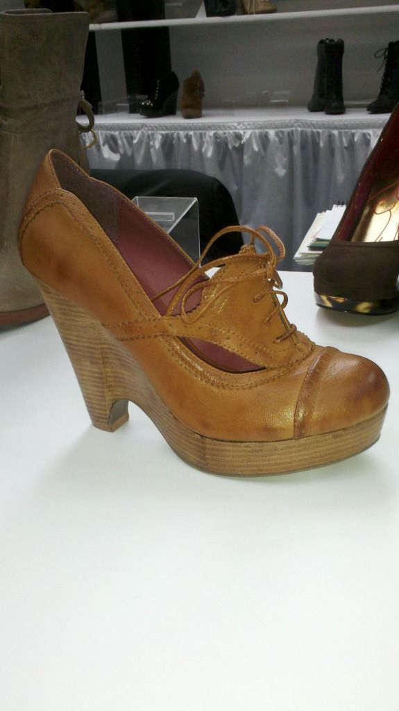 Now Available from Kensie - http://www.heels.com/womens-shoes/feist ...