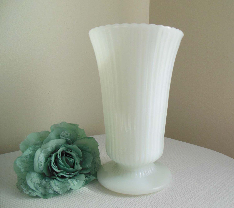 Vintage milk glass vase eo brody co cleveland usa 1000 vintage milk glass vase eo brody co cleveland usa 1000 via etsy reviewsmspy