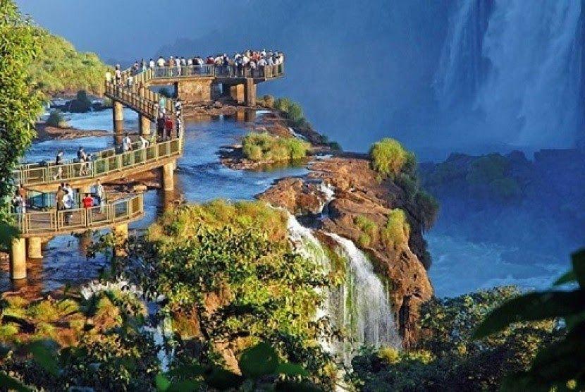 24 Pemandangan Terindah Di Indonesia 9 Tempat Wisata Honeymoon Di Bandung Wajib Untuk Menginap 15 Cara Berhemat Saat Pemandangan Air Terjun Iguazu Air Terjun
