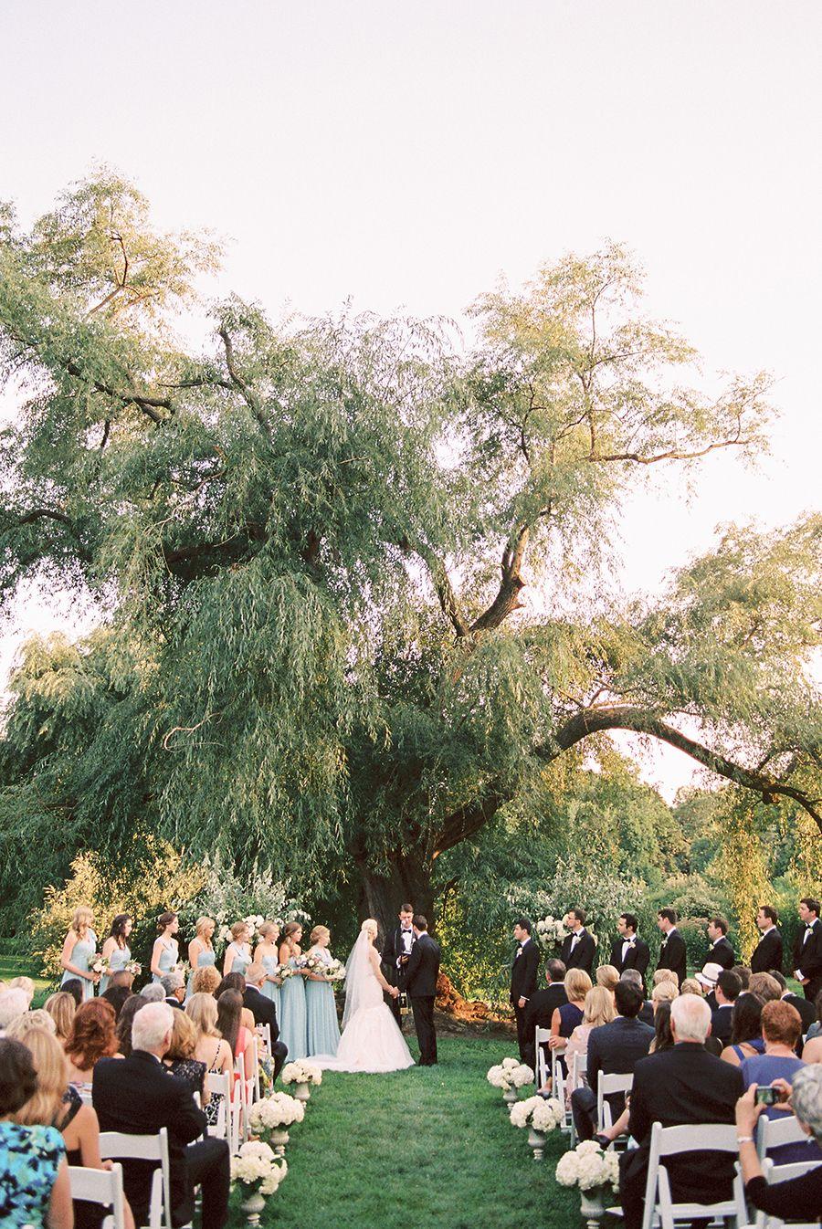Elegant Brooklyn Botanical Garden Summer Wedding