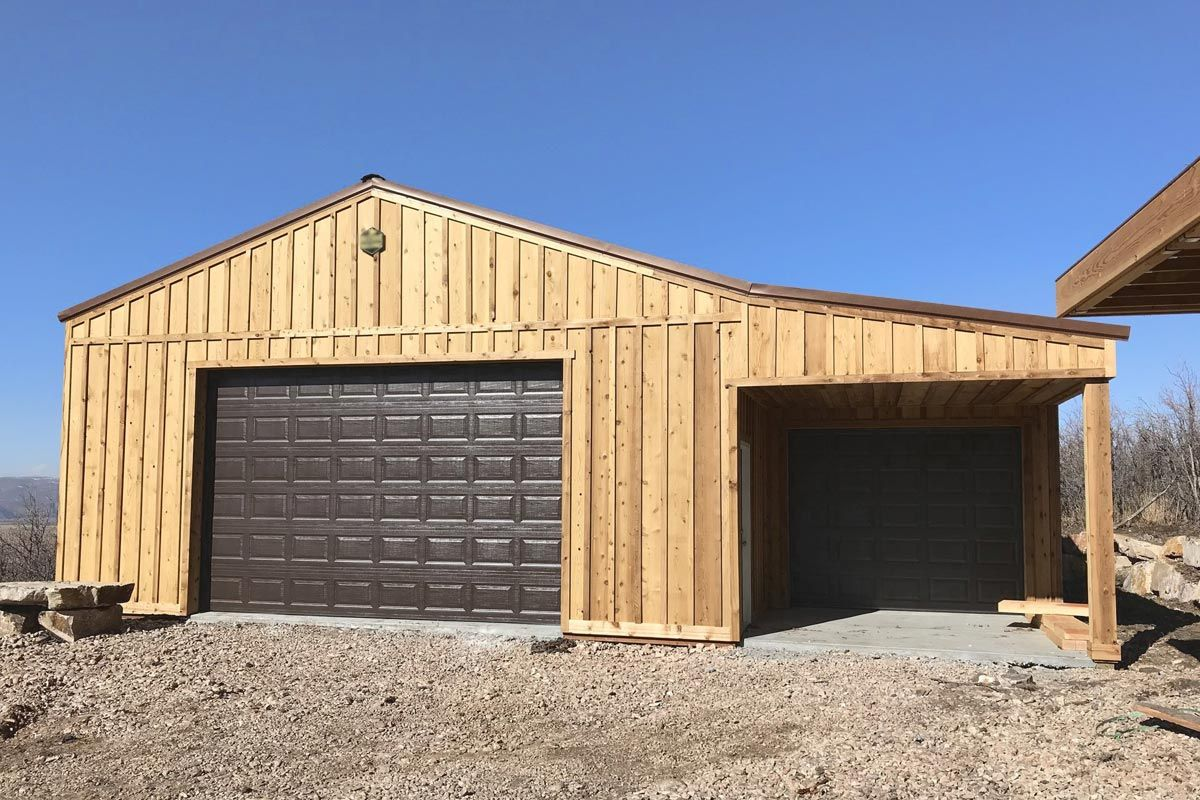How much does it cost to build a pole barn house in 2020
