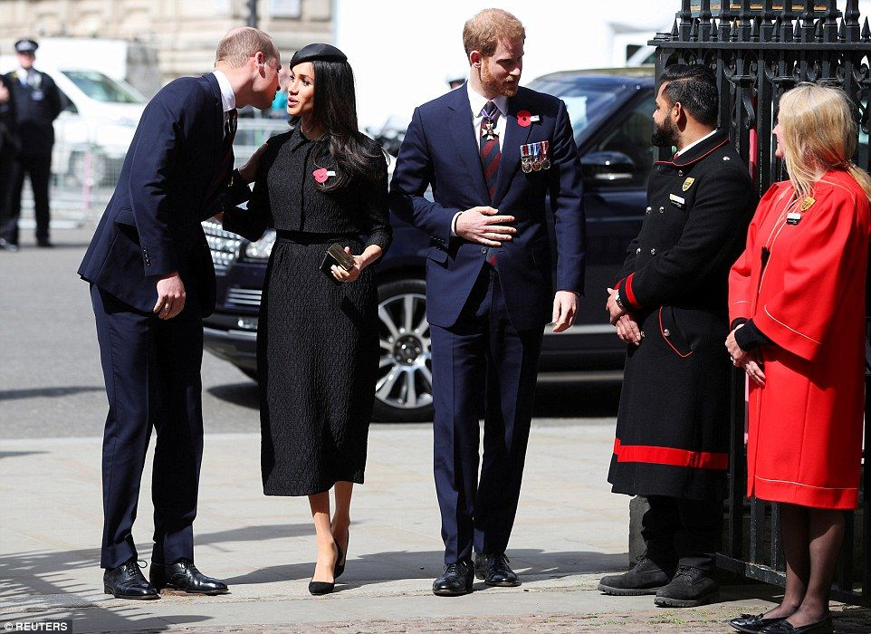 William Embraces Meghan As They Pay Tribute To War Heroes In London Prince Harry And Megan Prince Harry And Meghan Prince William