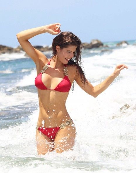 Pin By Karla Castaneda On Lighting 2 Amanda Cerny Bikini