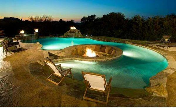 gartengestaltung garten pool und feuerstelle zusammen liegen eine feuerstelle am pool - Versunkene Feuerstelle