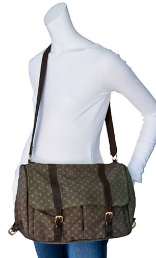 Price : $399.00  Quantity:  Louis Vuitton Diaper Bag    excellent condition    hunter green    small monogram design    multi-pockets    changing pad