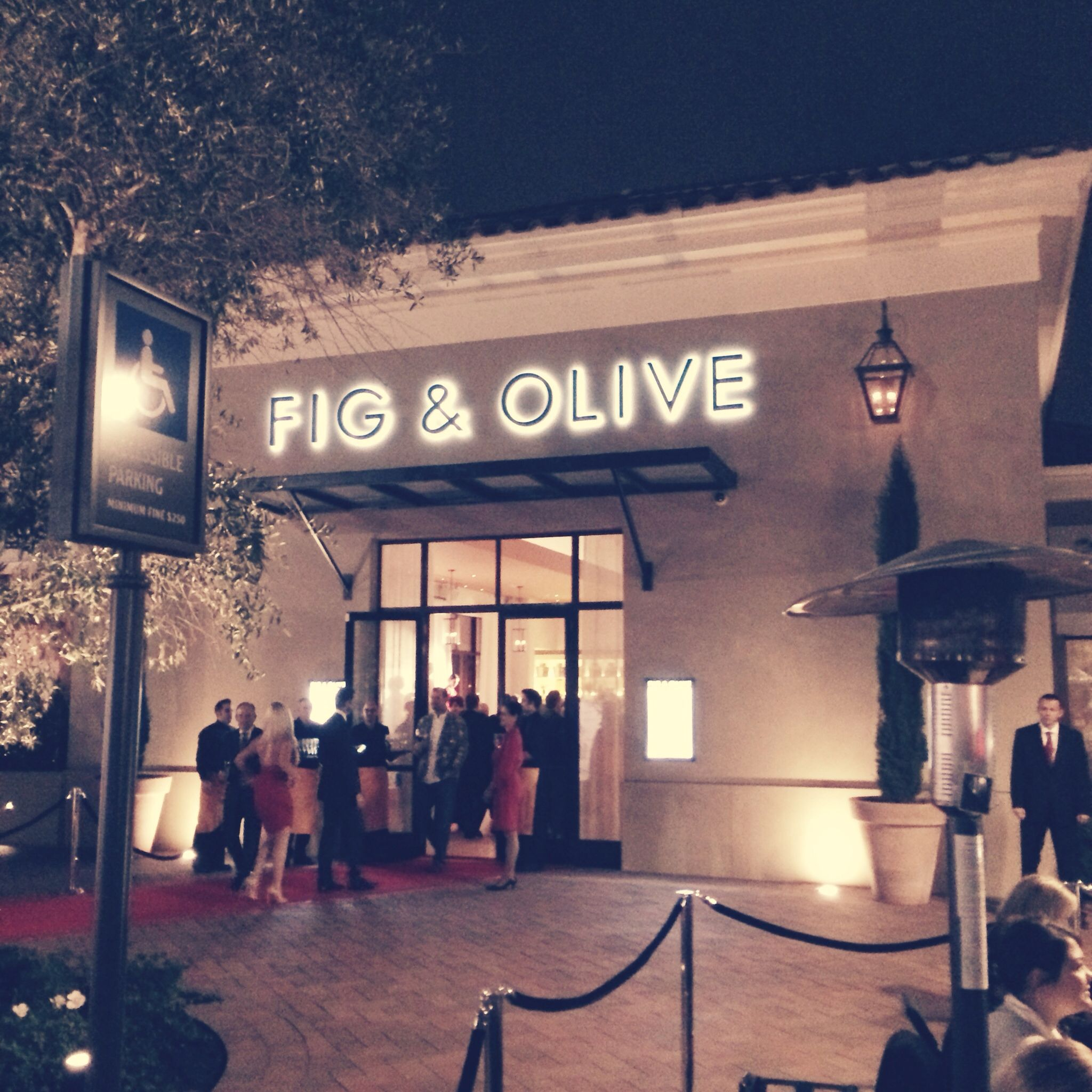True Food Kitchen Newport Beach Ca: Fig And Olive, Newport Beach