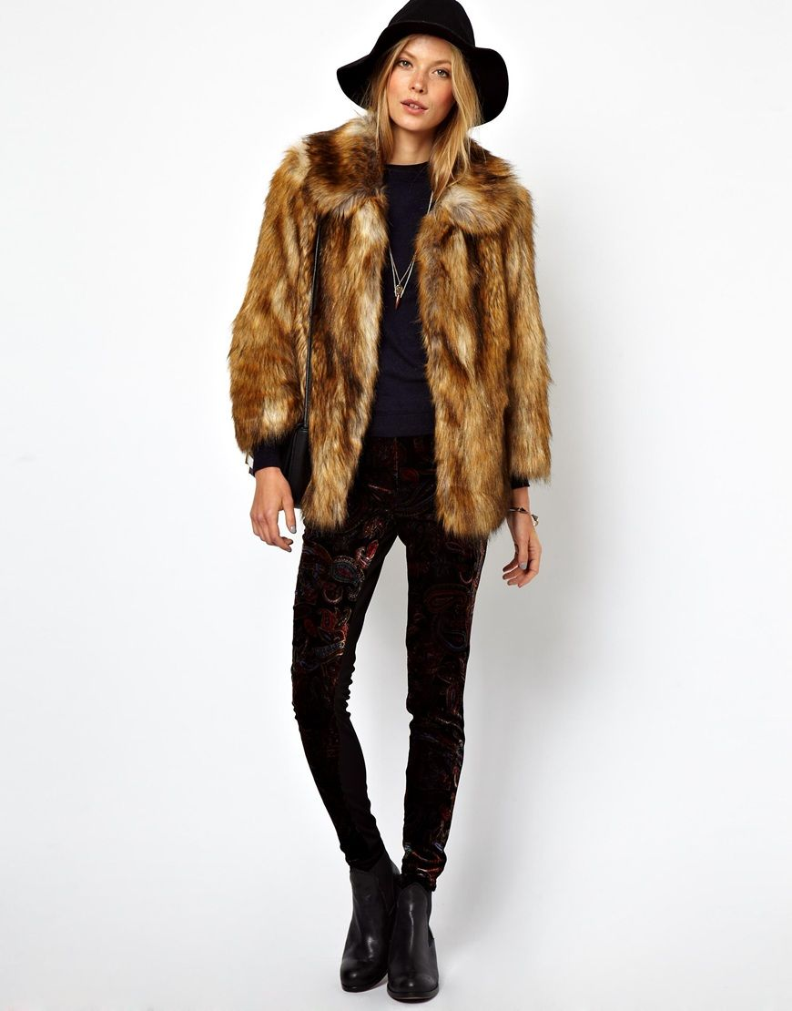 12 magnifiques manteaux en fausse fourrure pour cet hiver manteau fausse fourrure manteau. Black Bedroom Furniture Sets. Home Design Ideas