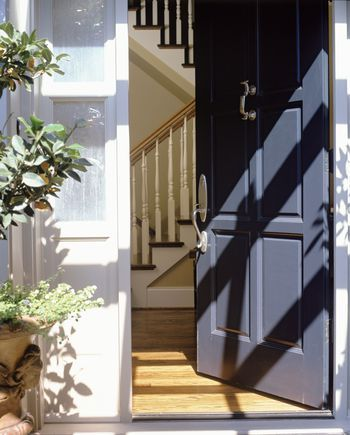 Here S How To Attract Good Feng Shui To Your Home With The Best Feng Shui Colors For A West Facin Feng Shui Front Door Feng Shui Colours Best Front Door Colors
