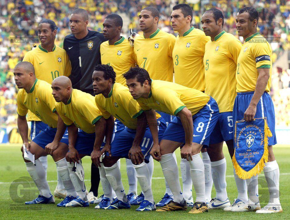 d5700b9d1a Futebol - Copa do Mundo 2006 - Alemanha  Preparação da Seleção Brasileira –  Amistoso Interna