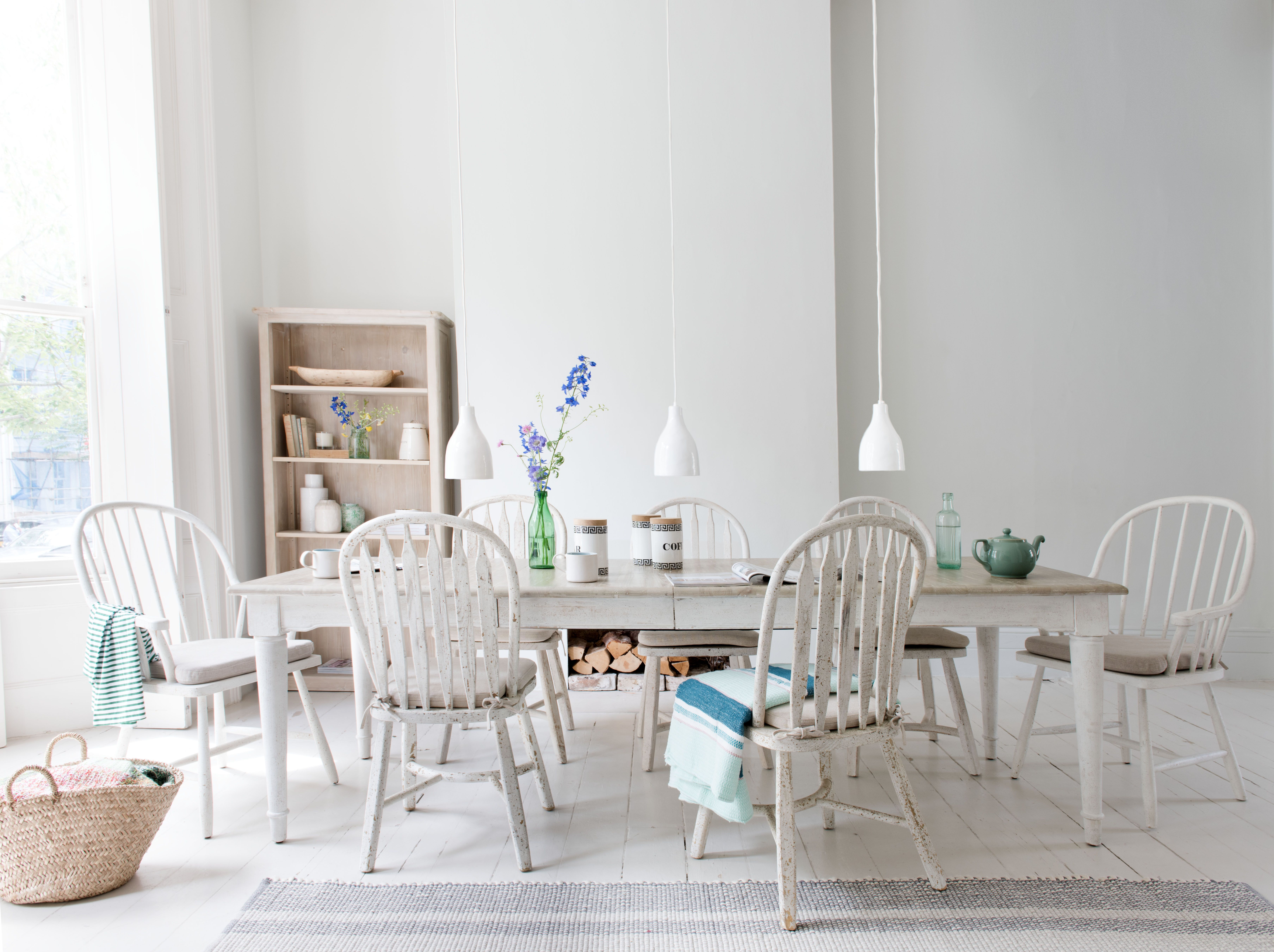 Toaster In Vintage White | White kitchen chairs, Space saving table ...