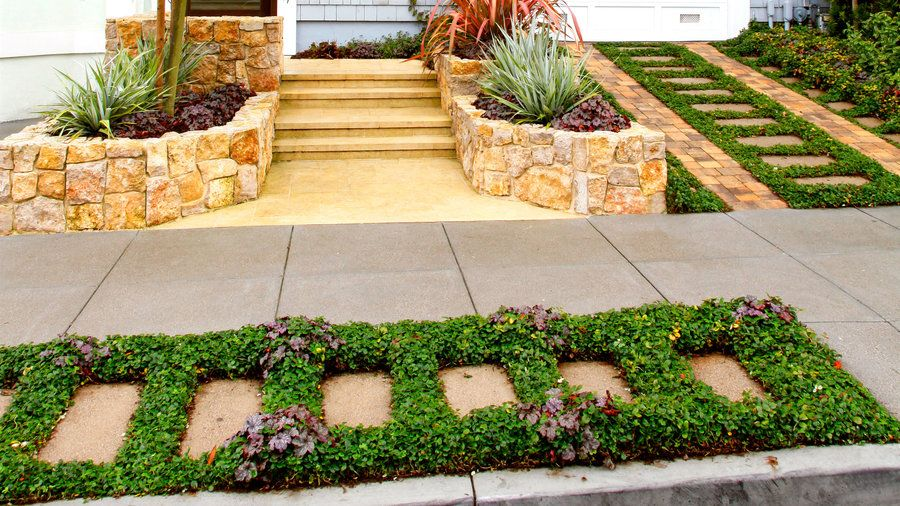 Urban geometry | That narrow strip of land between the sidewalk and street—you know, the spot that the sprinklers don't quite reach—has a big impact on your home's curb appeal. Here are our favorite ideas to transform your hellstrip into a little patch of heaven