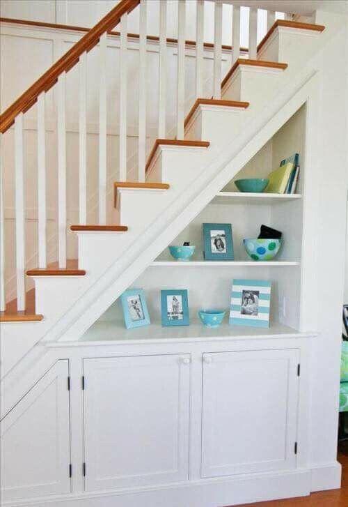 retirado da internet stairs stair storage space under stairs rh pinterest com au