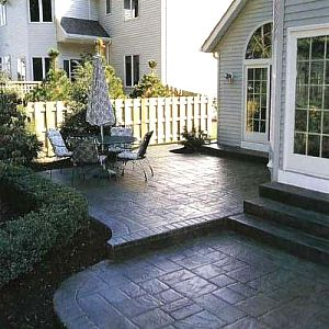 love this glossy look on the patio could do it to our stone patio rh pinterest com