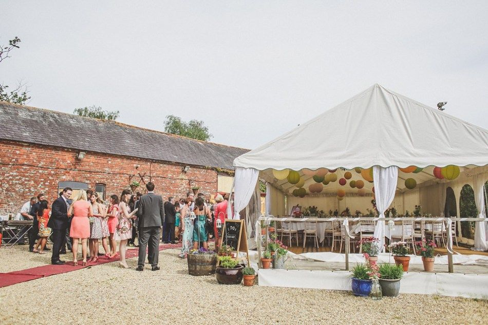 budget wedding photography west midlands%0A A Delightful Homegrown and Handcrafted Summer Barn Wedding