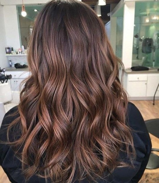 Gorgeous fall hair color for brunettes ideas (106) #fallhaircolorforbrunettes Gorgeous fall hair color for brunettes ideas (32)