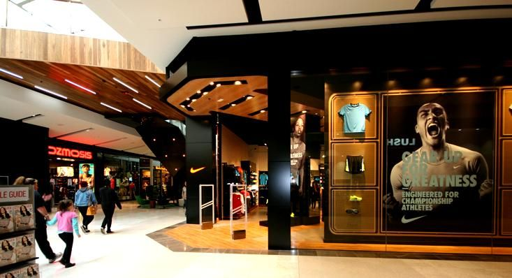 nike fountain gate shopfront shop facade pinterest shop facade rh pinterest com Nike Considered Nike Office Design