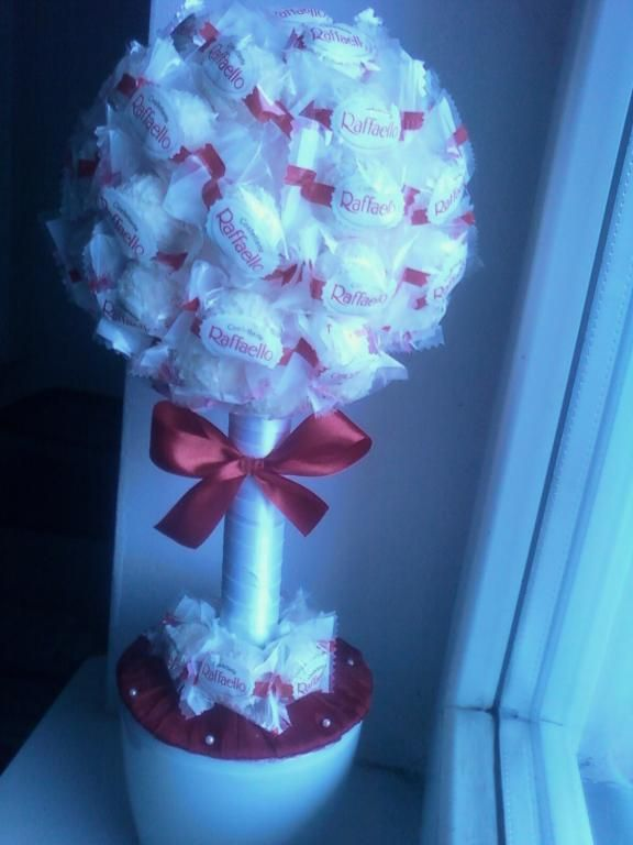 Drzewko Rafaello Na Walentynki 60 Pralinek 5078693886 Oficjalne Archiwum Allegro Crafts Valentine Gifts