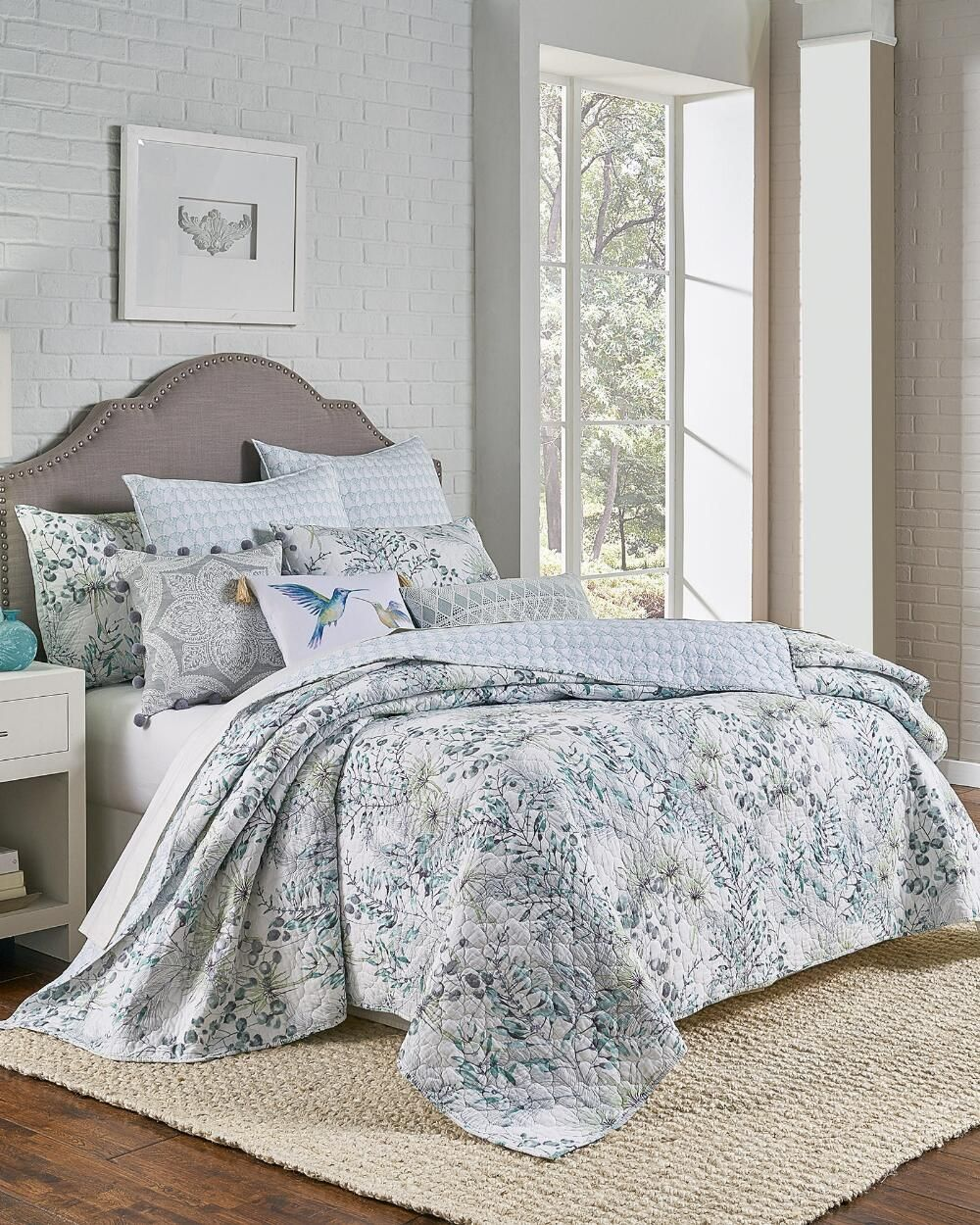 Exclusively Ours Larkin Luxury Quilt Luxury Quilts Quilt Sets Bedding Quilt Bedding