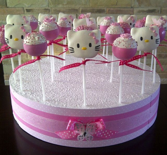 Splendid Hello Kitty Cake Pops Hello kitty cake Kitty cake and