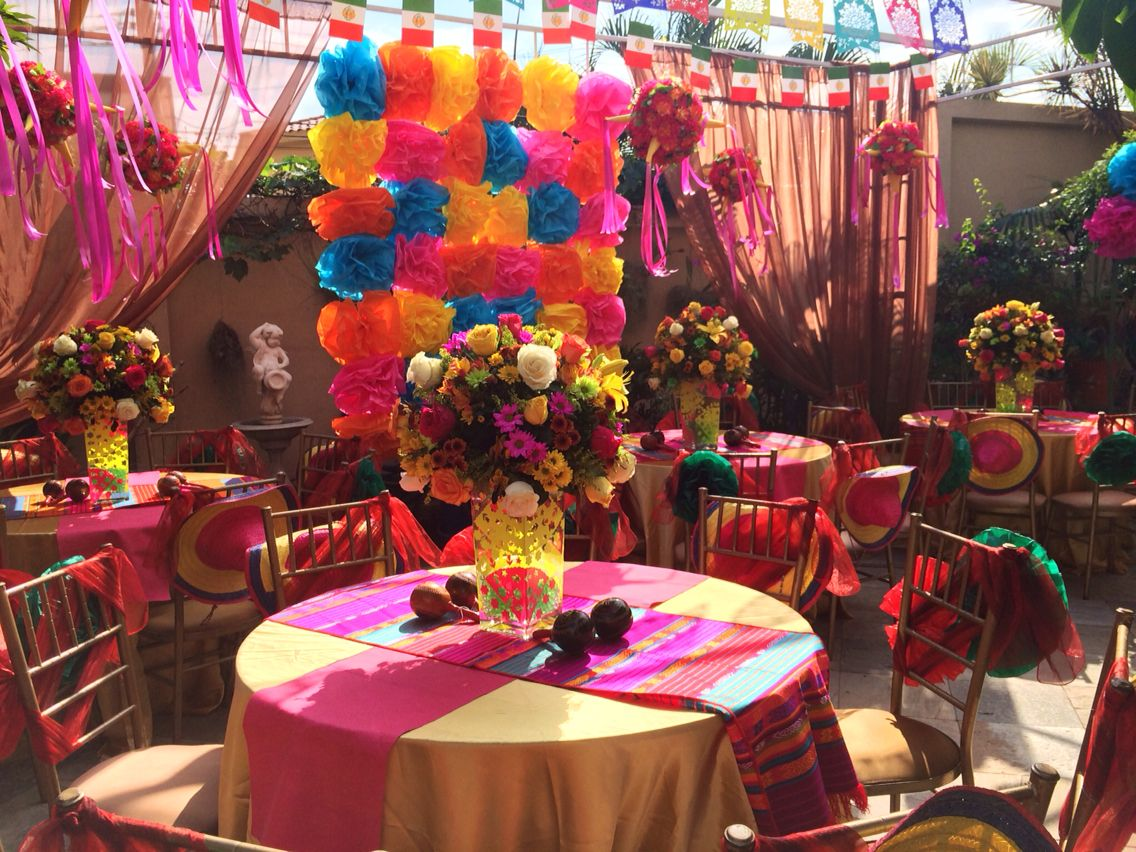 Decoraci n de fiesta mexicana by ana mar a balda xv - Lozano decoraciones ...