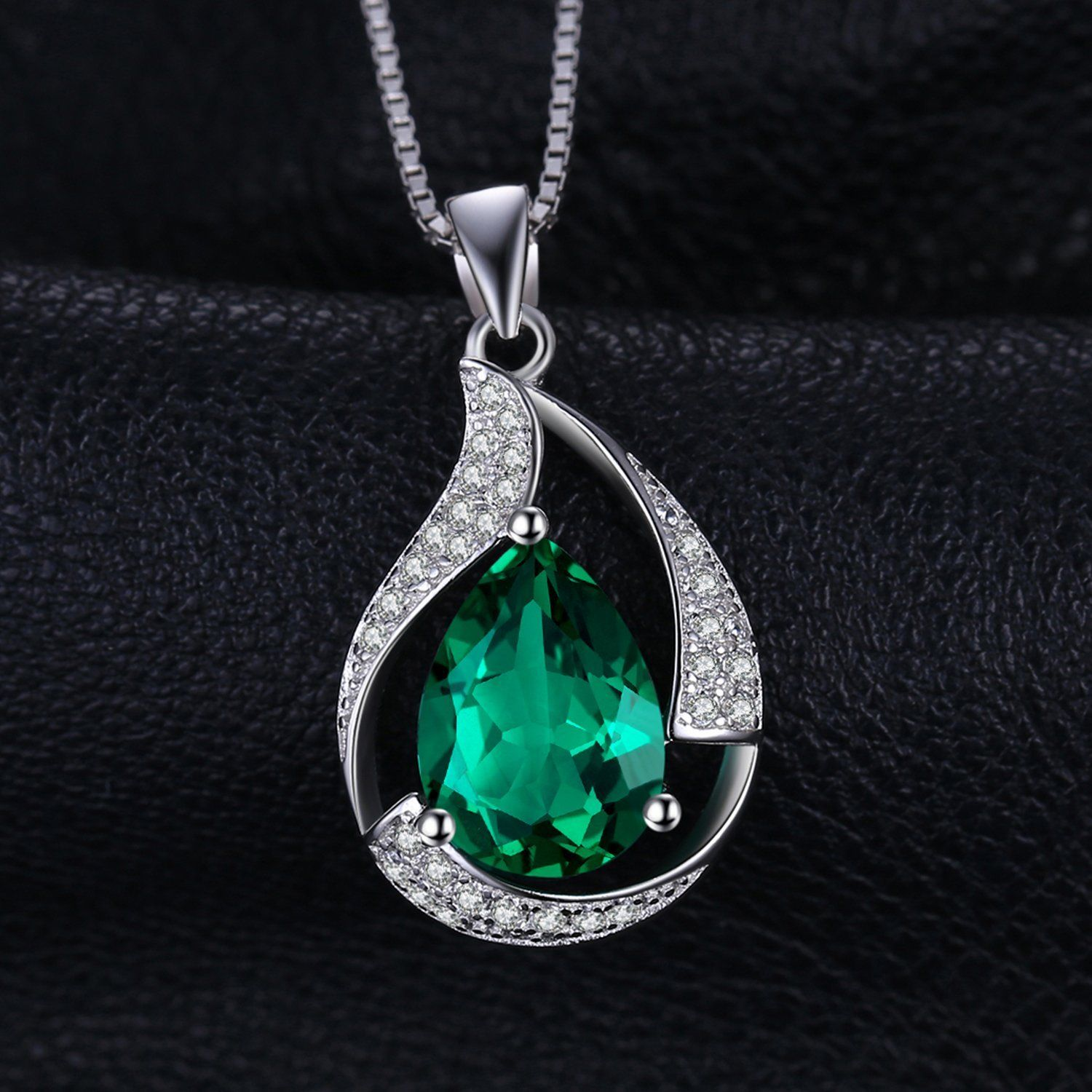 JewelryPalace Pear 2.7ct Simulated Green Nano Russian Emerald 925 Sterling Silver Pendant Necklace 18 Inches tLmwE