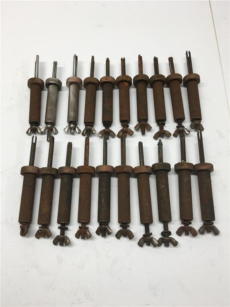 20 Rare Original Cleco 1 4 Sheet Metal Clamp Wing Nut Grip Large Fastener Lot Sheet Metal Metal Fasteners