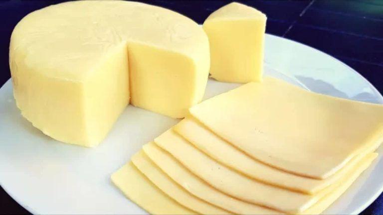 جبن الشيدر المنزلي بالطريقة الصحيحة بالحليب الخل واللبن In 2021 Food Recipies Goat Cheese Recipes Food