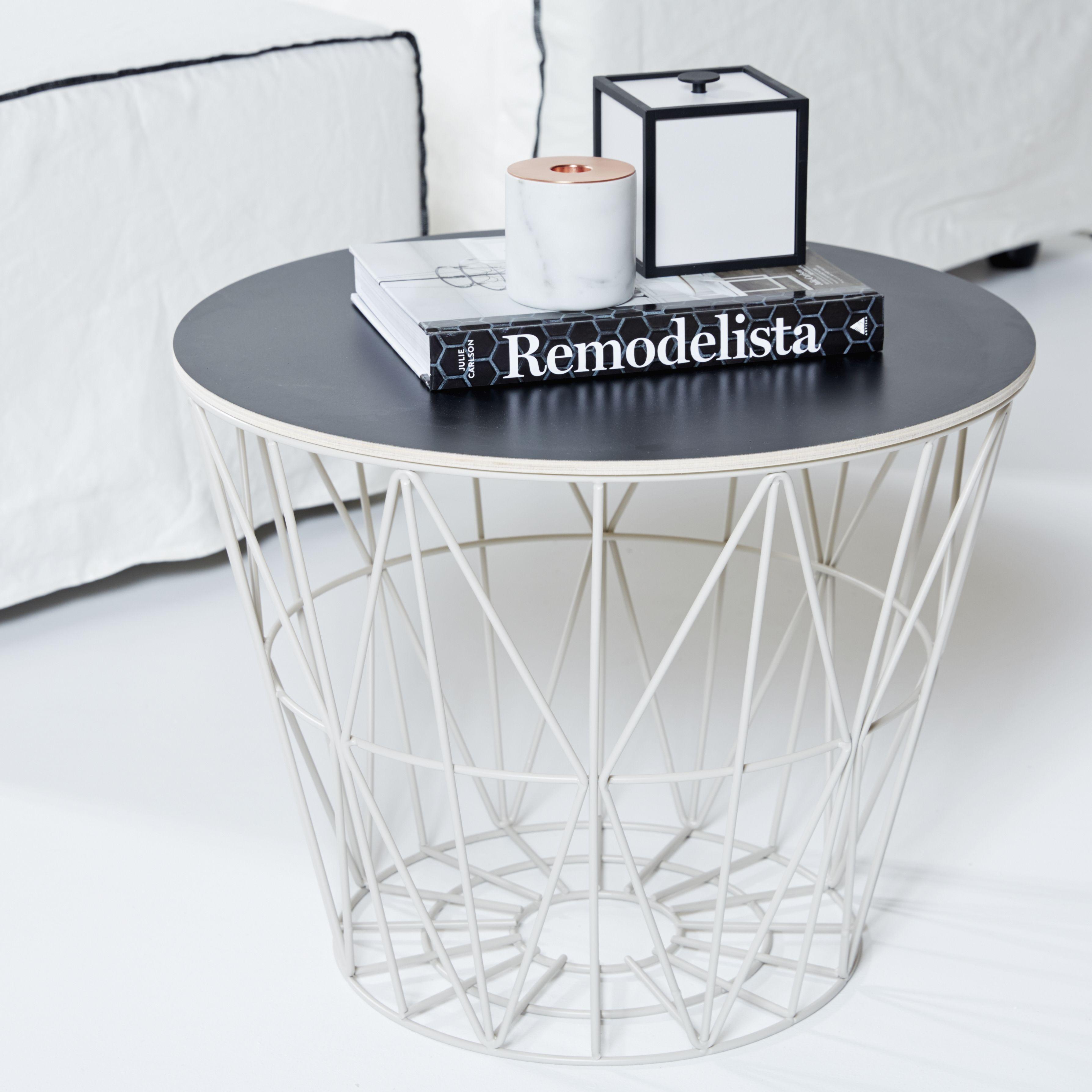 Ferm living wire basket styled by urban couture Home Deko IndustriedesignMetallHolzWohnzimmerInnenarchitekturStuhl BeistelltischBeistelltischeMars