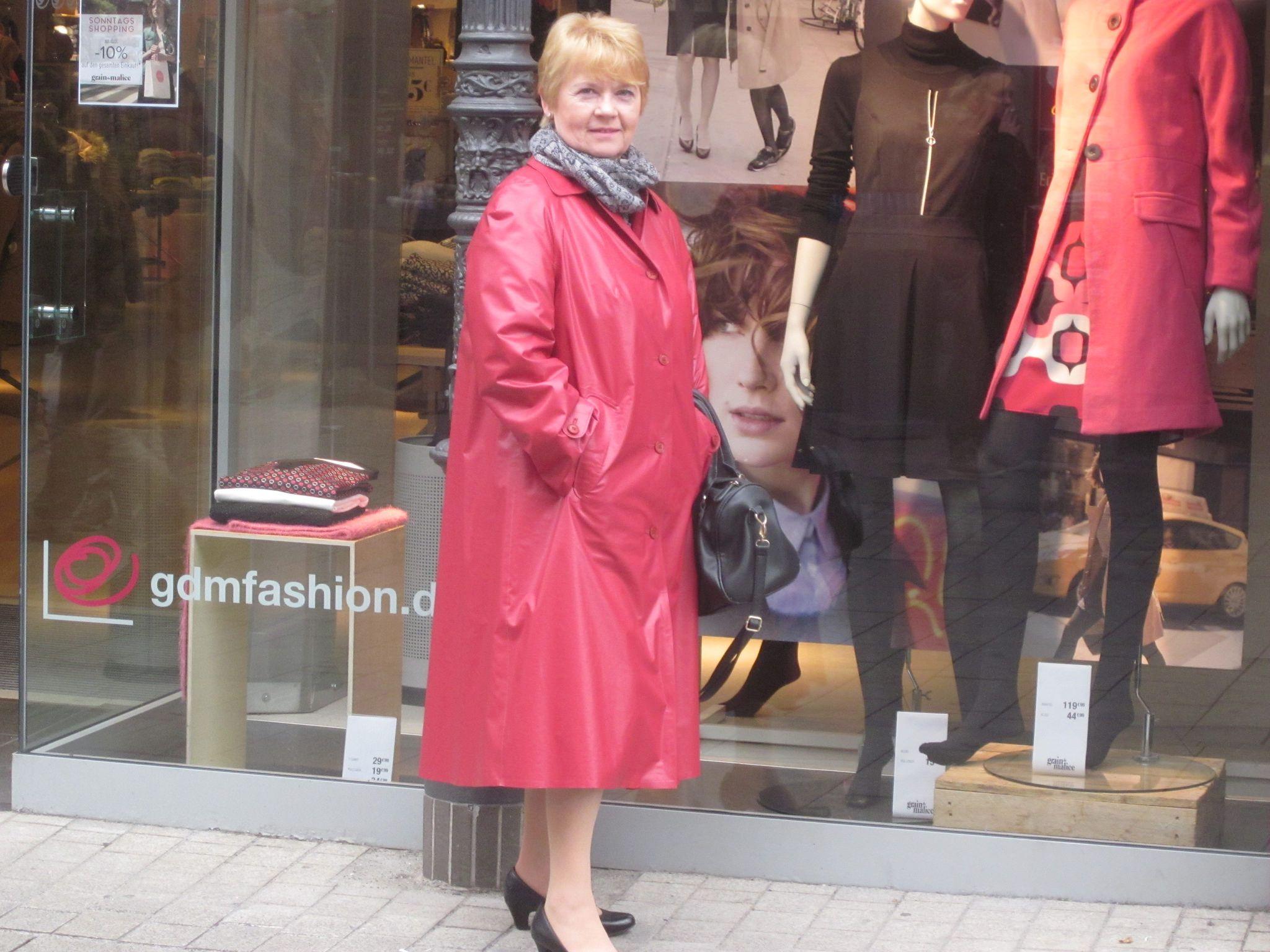 Pin von Wolle 64 auf Rainwear | Rain wear, Coat und Raincoat