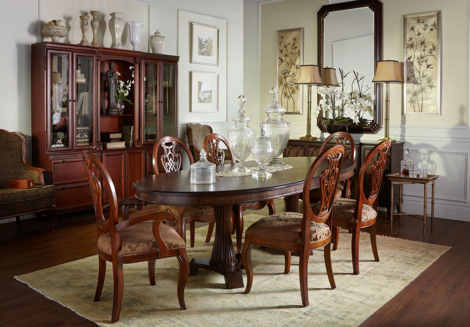 Calais Table Mayfair Chairs Bombay Canada