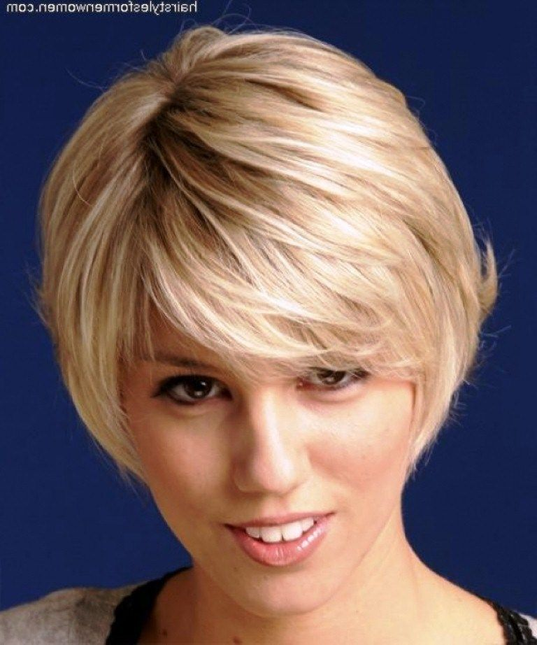 short hairstyles for older women with thick hair | Short ...