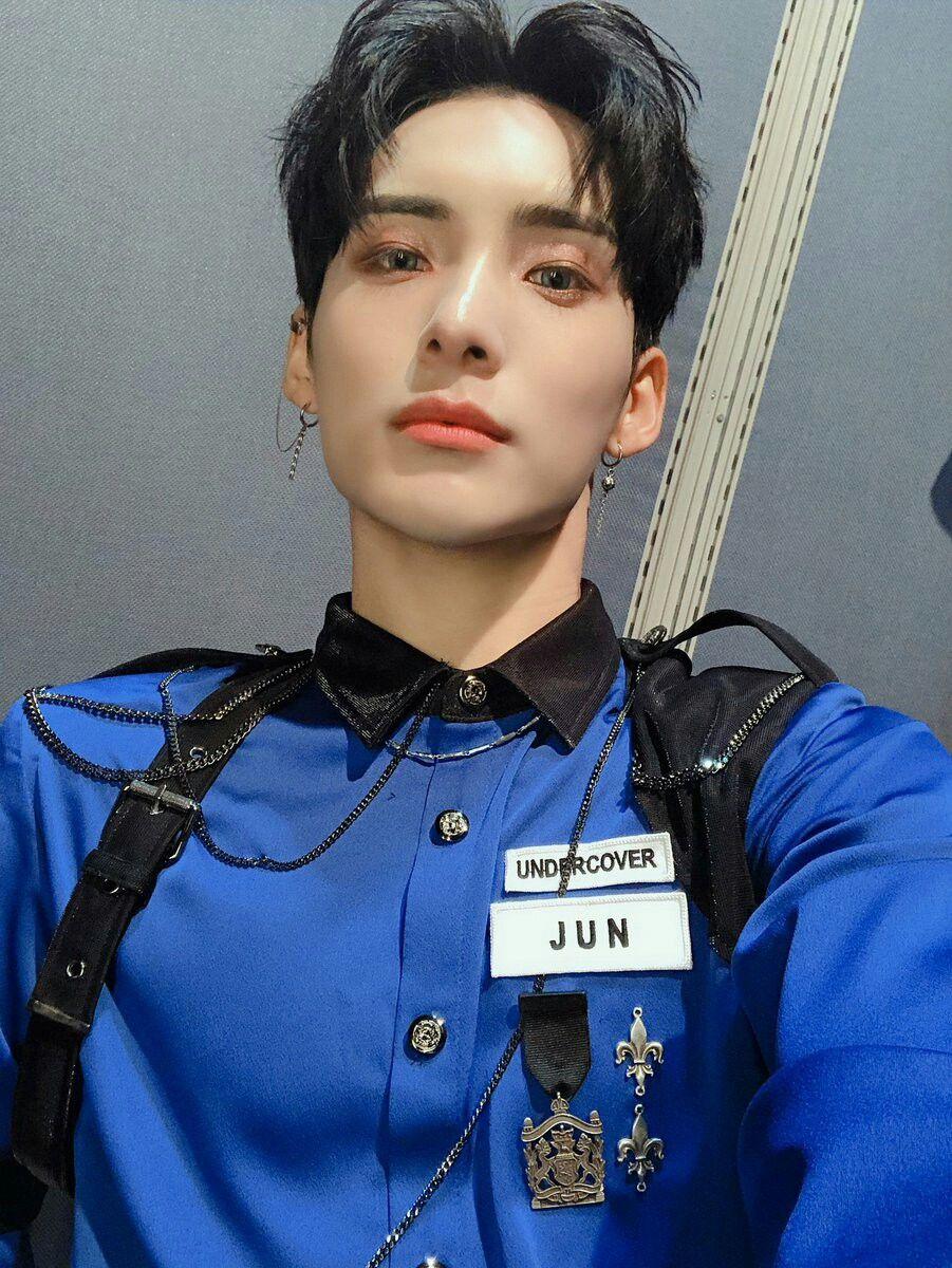 Junhee💙 A.C.E   Ace, Pretty men, Hot korean guys