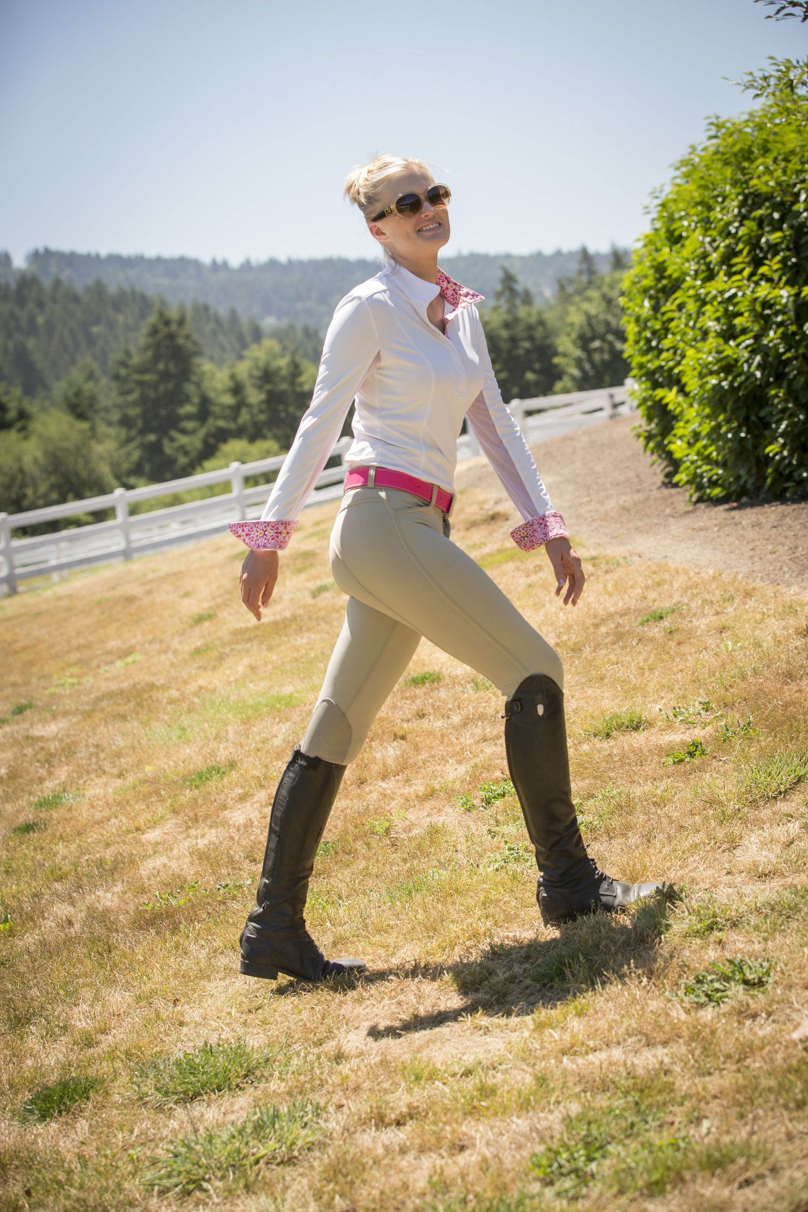 FITS new Kimberly knee patch breech. Comfort compression and real deerskin knee patches. Truly a ...