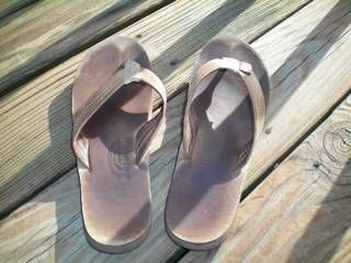b582492c3c85 How to Clean Rainbow Sandals