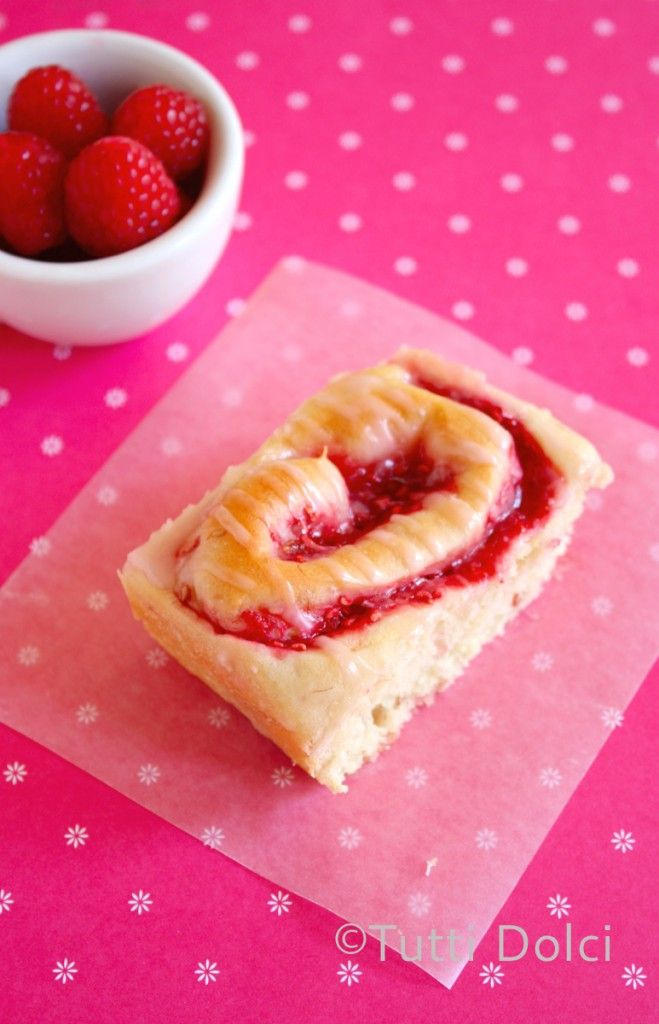 raspberry pinwheels  @Laura | Tutti Dolci