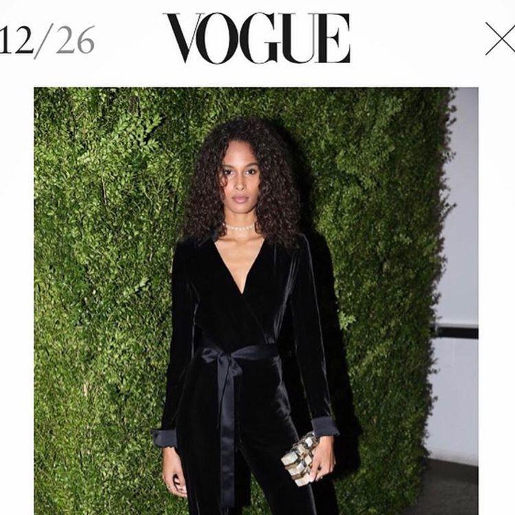 @amarsana_style#cindybruna#vs#victoriasecret#voguemagazine#emmkuo#nyc#clutches#coolgirlstyle#velvet#jumpsuit#baglover#accessories#bagoftheday#modeloffduty#streetchic#bestdressed