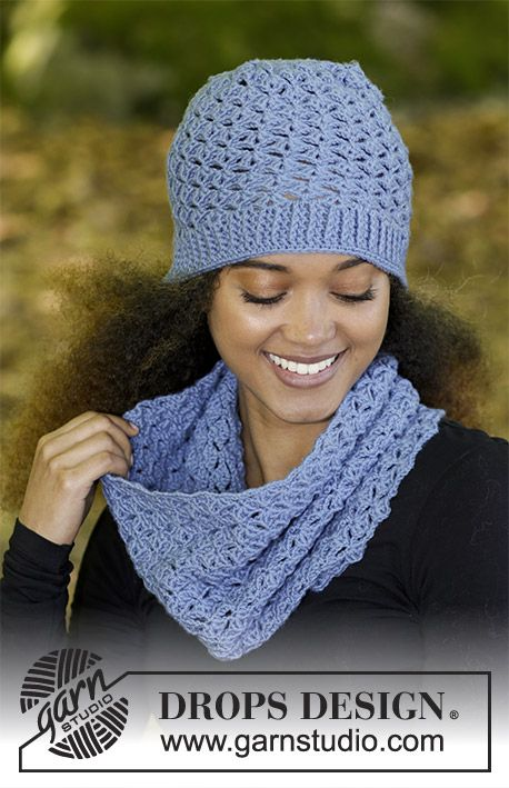 Smiles of Indigo - Set consists of: Hat and neck warmer with fan ...