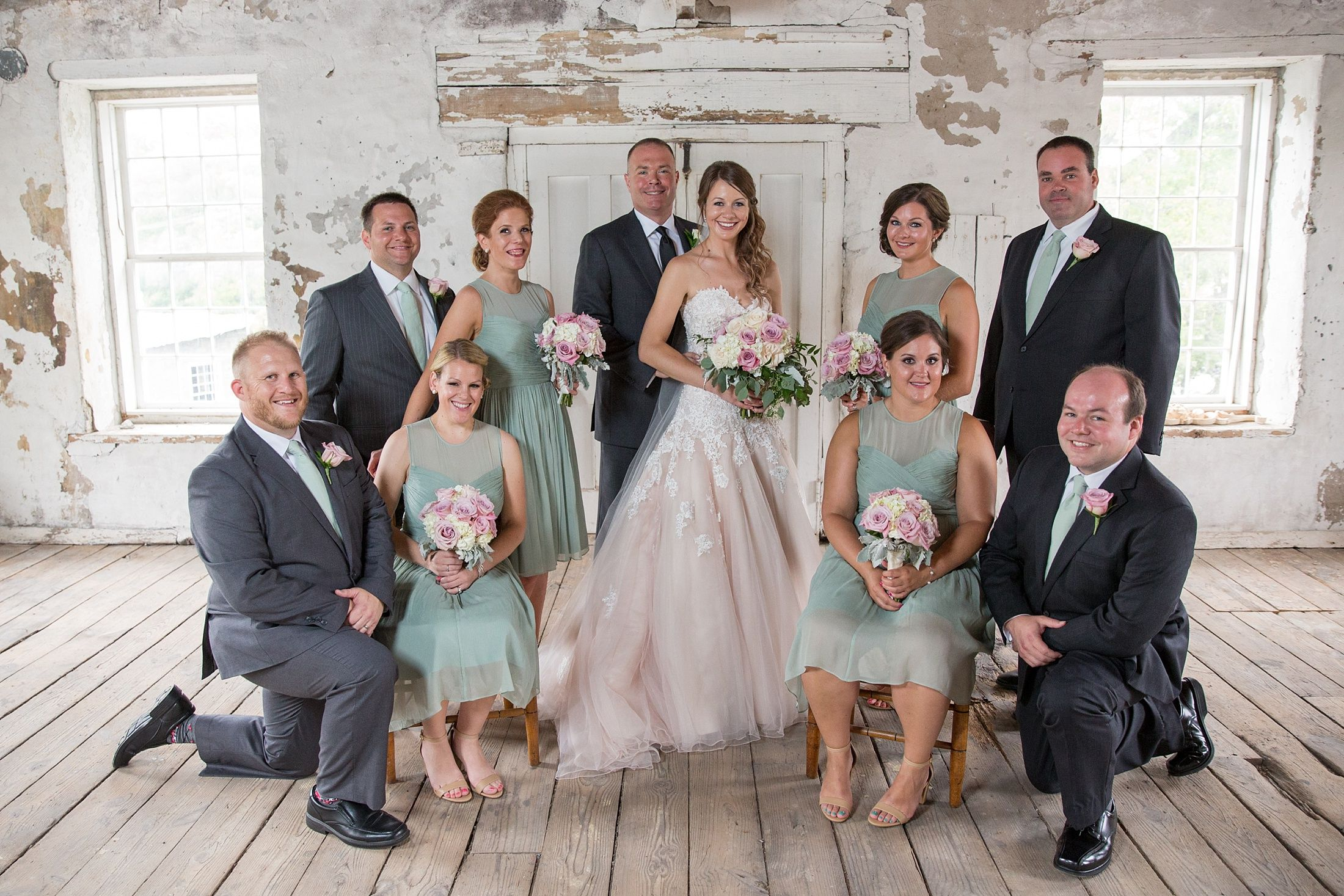 Syracuse Ny Sarah Heppell Photography Syracuse Wedding Photographers Sy Syracuse Wedding Photographer Industrial Chic Wedding Venue Wedding Party Photos
