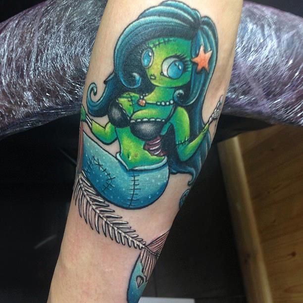Zombie mermaid tattoo craig holmes who mer for Mermaid tattoos pinterest