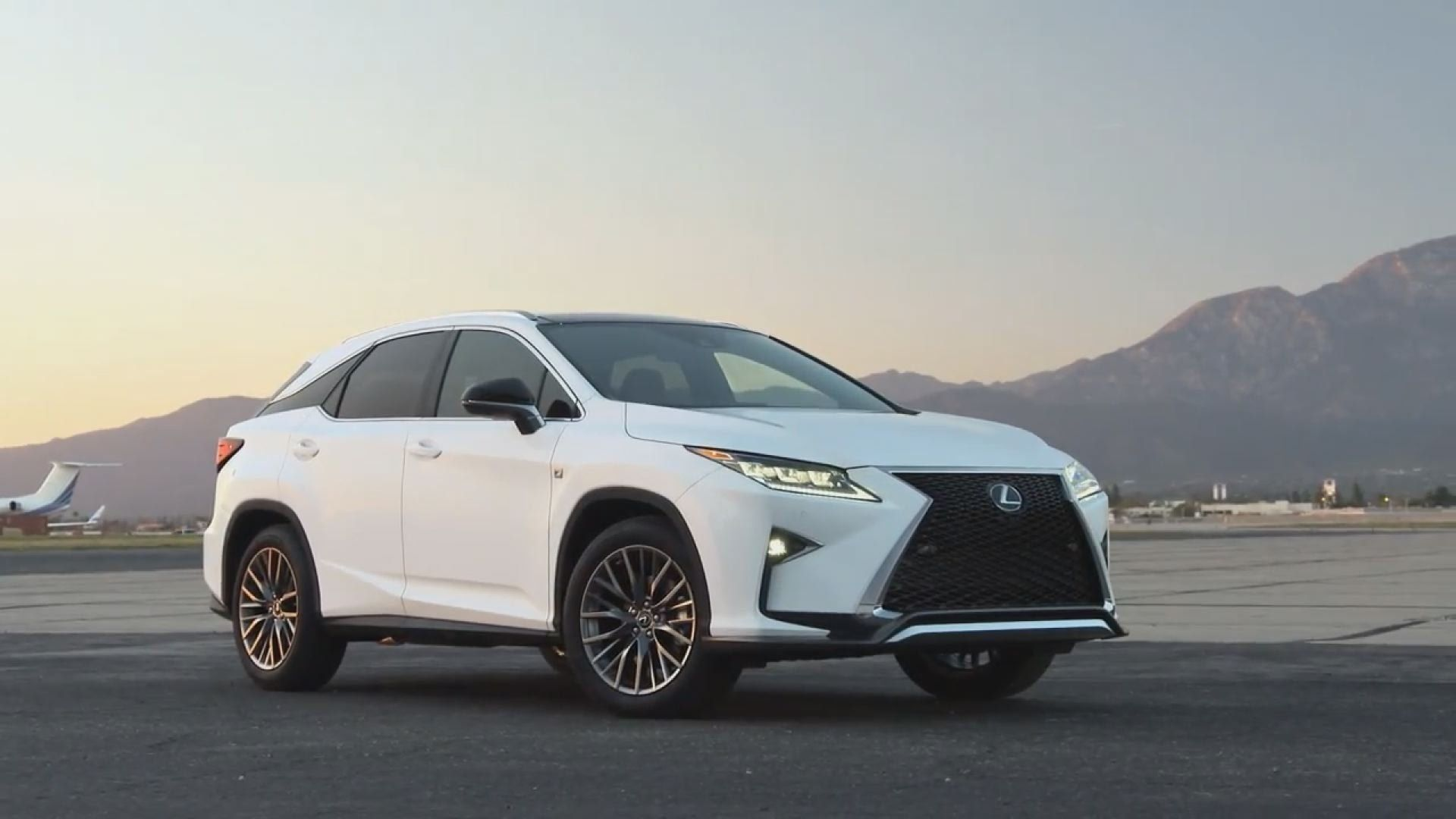2017 Lexus RX 450h Hybrid Weight