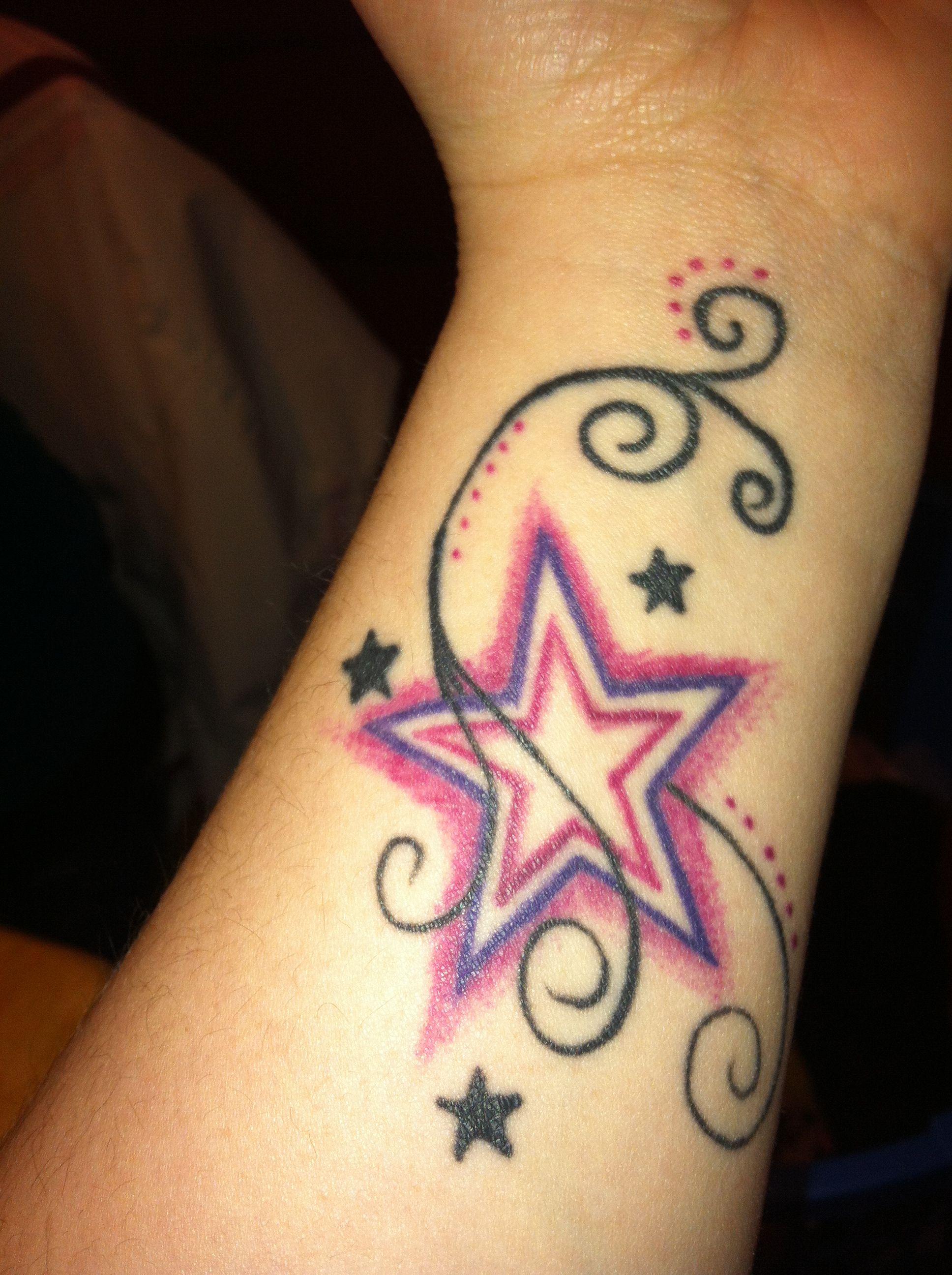 40 fantastic friendship tattoos creativefan - My Best Friend Tattoo